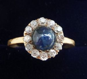Beautiful victorian 18ct 18k gold cabochon sapphire and diamond daisy cluster vintage antique ring
